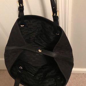 Michael Kors Bags - SALE this week only💥🎄Michael Kors Tote